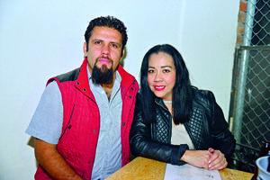 08012018 José Luis y Viviana.