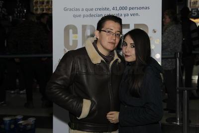 Geovanny Pulido y Jimena Terrones.