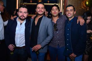 Óscar, Pato, Enrique y Erick