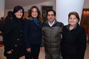 10012018 EN EL TEATRO.  Asela, Maribel, Antonio y Emma.