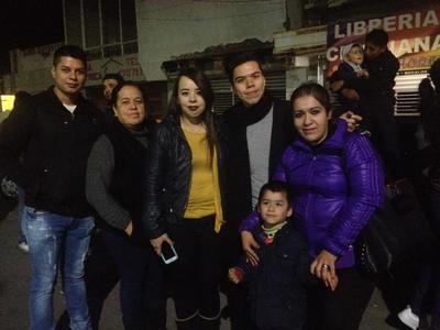 11012018 Familia Flores.