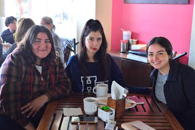 11012018 Samantha, Tania y Jessica.