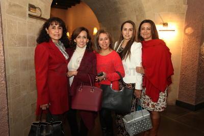 Salma Guzmán, Morelia Salas, Carolina Alferez, Elizabeth Fragoso y  Leticia Herrera.