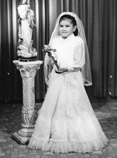 14012018 Niña lagunera, hija del Sr. Arturo Cháirez, en su Primera Comunión en Torreón en 1978.