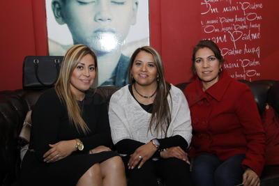 Cory Hernández, Vero Arreola y Pili Meraz.