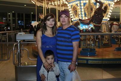 José,Aara y Pepe.