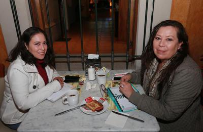 María Luisa y Ana Isabel.