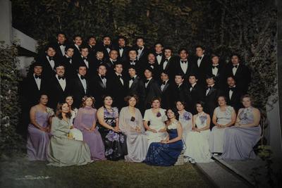 21012018 Generación XXIII de Licenciados en Administración de Empresas de la FECA, quienes el año pasado cumplieron 40 años de haber egresado (1977).
