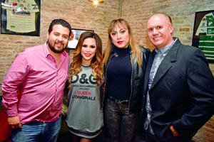 22012018 EN APERTURA.  Enrique, Mitze, Mónica y Guillermo.