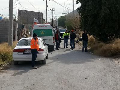 Vecinos cercanos a la zona, así como personas que laboran en los alrededores, mostraron su preocupación ante lo peligroso de la zona.