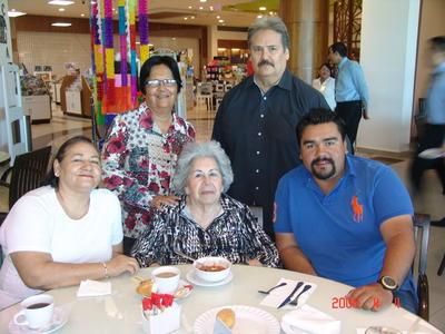 25012018 Graciela, Rosa María, Rosaura, Gerardo y Alfredo.