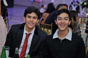 26012018 Alex y Max.