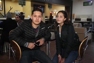 Andres y Nailea.