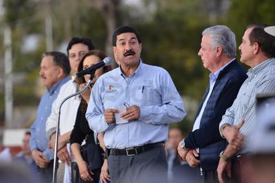 Durante su intervención, Javier Corral agradeció a los habitantes de Torreón por su apoyo al pueblo de Chihuahua en su paso hacia la capital mexicana, donde aseguró llegaran el próximo 4 de febrero.