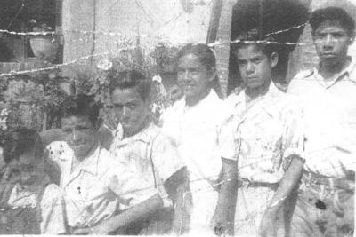 28012018 Jesús Flores, Alfredo Flores (f), Antonio Flores, Juana Hurtado, J. Isabel Hurtado y Juan Hurtado en la década de los 50.