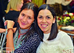 29012018 CONTENTAS.  Krisha y Pamela.