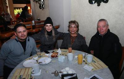 Familia Estrada Bustamante.