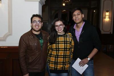 Armando, Kristal y Alberto.