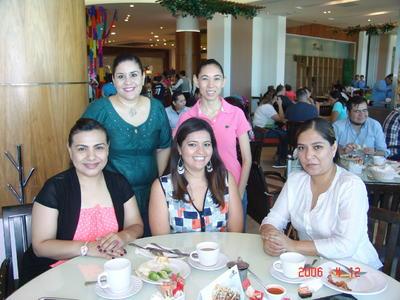 01022018 Diana, Yhendi, Cristina, Marcela y Marlene.