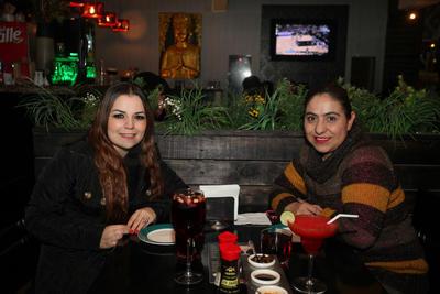 Mónica y Jessy.