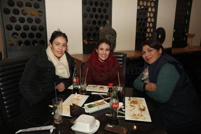 Nayeli, Alejandra y Cinthya.