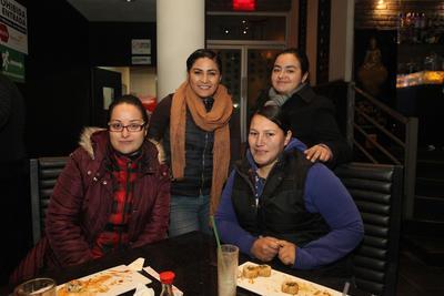 Aleida, Nancy, Paty y Blanca.