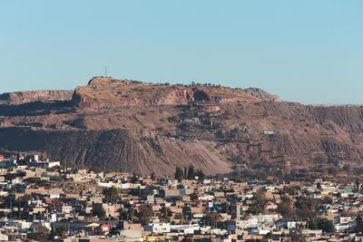 Después, en 1898, se construyó una nueva fundidora en Durango, en lo que después fue la colonia Morga y se empezó a explotar de una manera más intensa el Cerro, actividad que también se potenció por la operación del Ferrocarril.