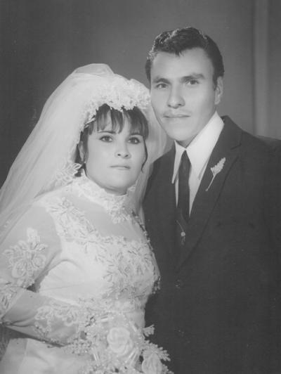 04022018 Ma. Guadalupe Arratia Milán (f) y Tomás Castro Mijares, el 16 de enero de 1970. Estarían cumpliendo 47 años de casados.