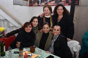 06022018 María, Cukis, Gaby, Marylú, Elsa y Cokis.