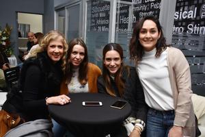 Monica, Tania, Claudia y Ale