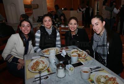 Melina, Marcela, Judith y Sara.