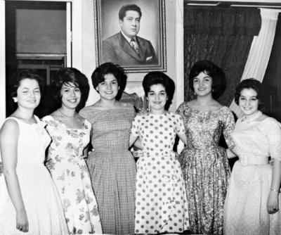 11022018 Judith Jardón, Carmen Torres, Martha González (f), Raquel Jardón y Olga González en la década de los 60.