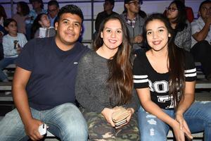 11022018 Ángel, Lulú y Gaby.