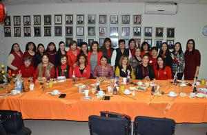 11022018 CELEBRAN.  Comité de Damas del Colegio de Contadores.