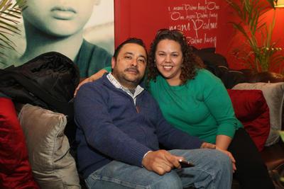 Roberto Flores y Laura Moreno.