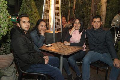 Edgar, Verónica, Marian y Miguel.