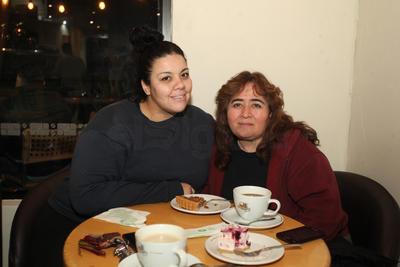 Alondra Rodríguez y Lorena Valdez.