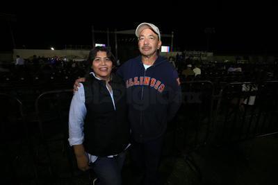 Duranguenses disfrutan concierto de Timbiriche