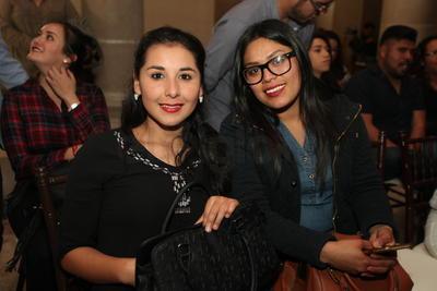 Vanessa Payán y Carolina Acosta.