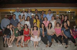 23022018 Lic. Isela Ramírez Hernández y C.P. Jorge Armando Chávez Márquez recibieron una inolvidable despedida de solteros.