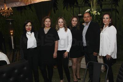 Festejo para Cynthia Zaldívar