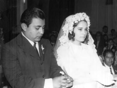25022018 Cumplen 47 años de casados los señores Víctor M. y Emilia Contreras Orozco. Foto del 14 de febrero de 1971.