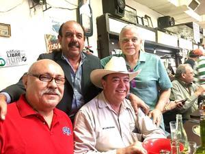 25022018 ENTRE AMIGOS.  Jesús Sánchez, José del Bosque, Miguel Ángel Medrano y Carlos Ávila Orozco.