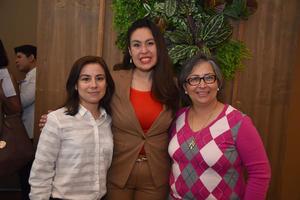 01032018 Gaby, Lorena y Adriana.