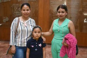 01032018 EN FAMILIA.  Griselda, Mayté y Jazmín.