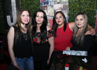 Ceci, Mónica, Karla y Mariana.