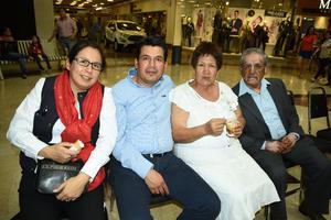 03032018 Sandra, Luis, Teresa Josefina y Juan Francisco.