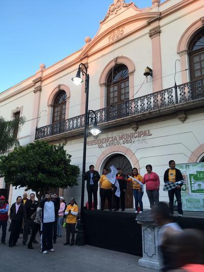 En las calles de La Laguna se instalaron diversas porras.