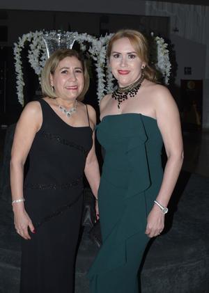 04032018 Coco Garza y Lupita de la Rosa.