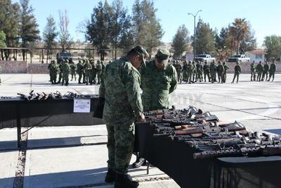 Este armamento se conformó por los dispositivos entregados voluntariamente por ciudadanos en los diversos módulos de canje implementados por la Secretaría de la Denfensa Nacional (Sedena), dentro del programa 'Por un México en Paz' parte de la estrategia contra la delincuencia.